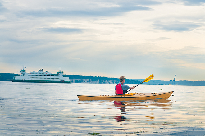 paddling the arctic tern hi volume kayak