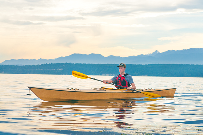 paddling the arctic tern hi kayak kit